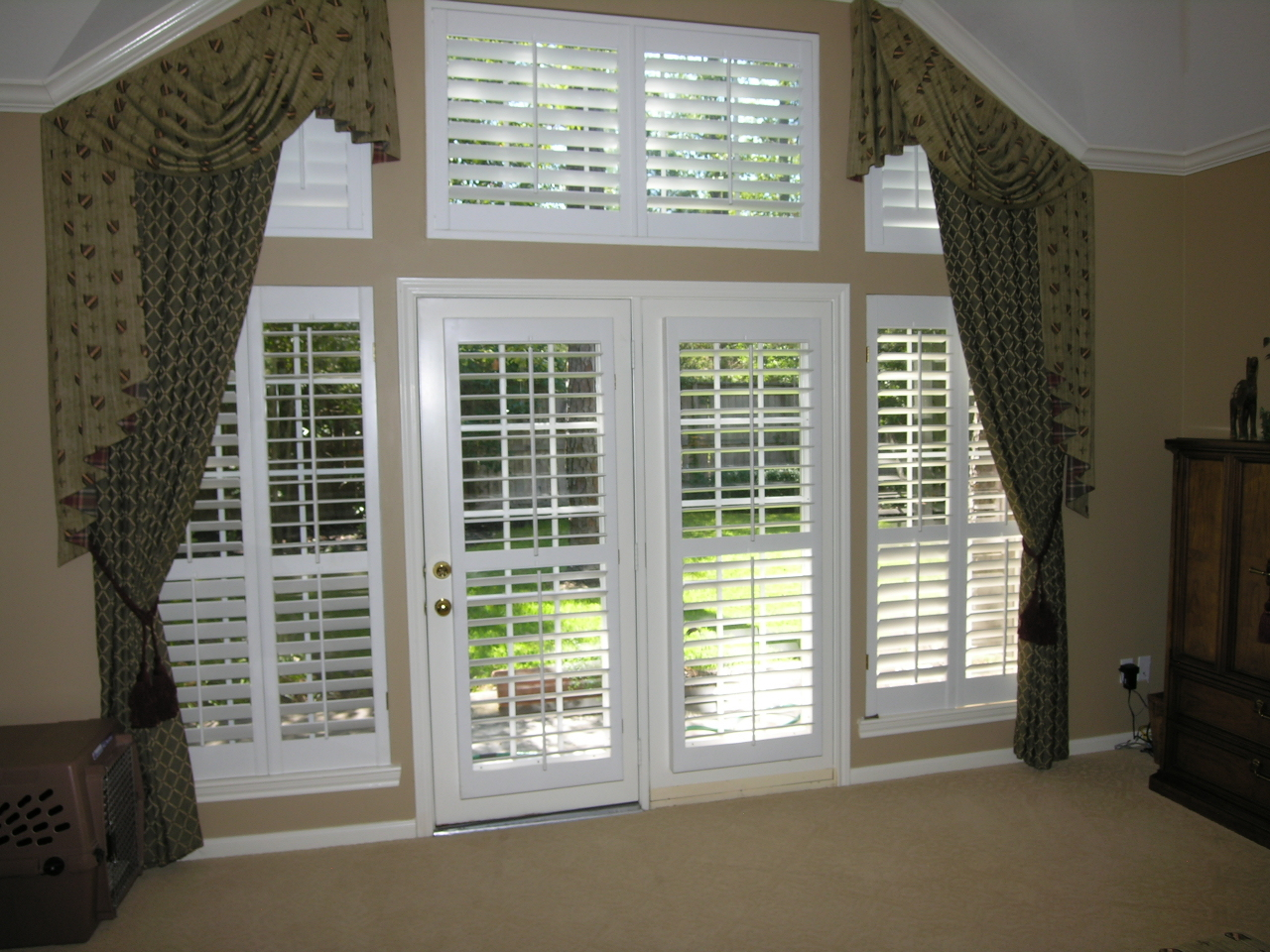 Canberra Shutters And Blinds Your Bedroom Plantation Shutters