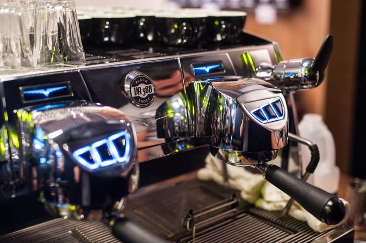 Sprudge-Kaffeine-KateBeard-groupheads-12-740x493.jpg