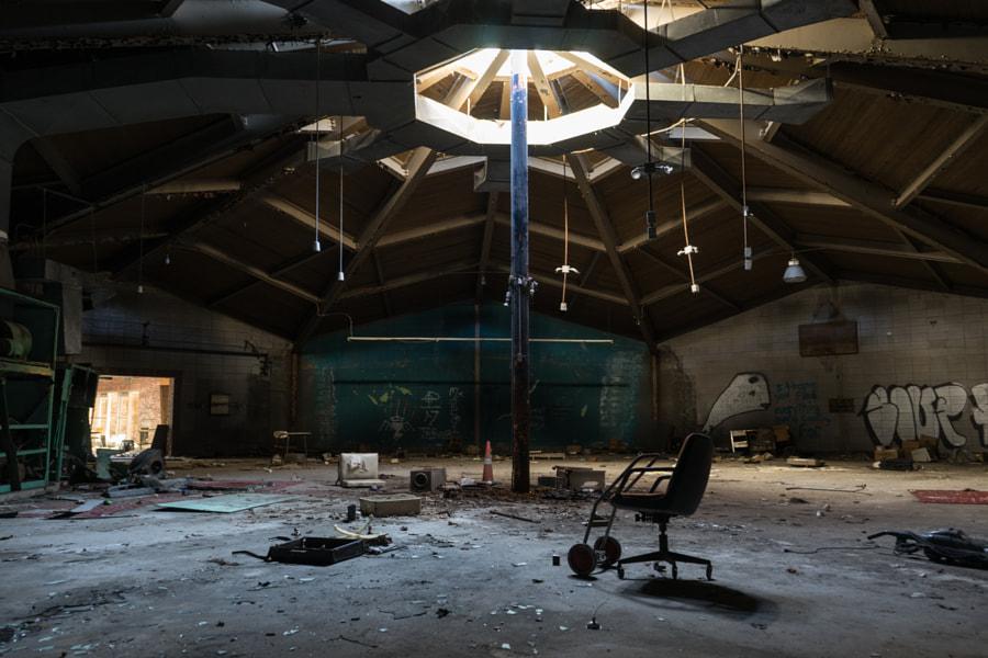 Abandoned Cleveland Aquarium