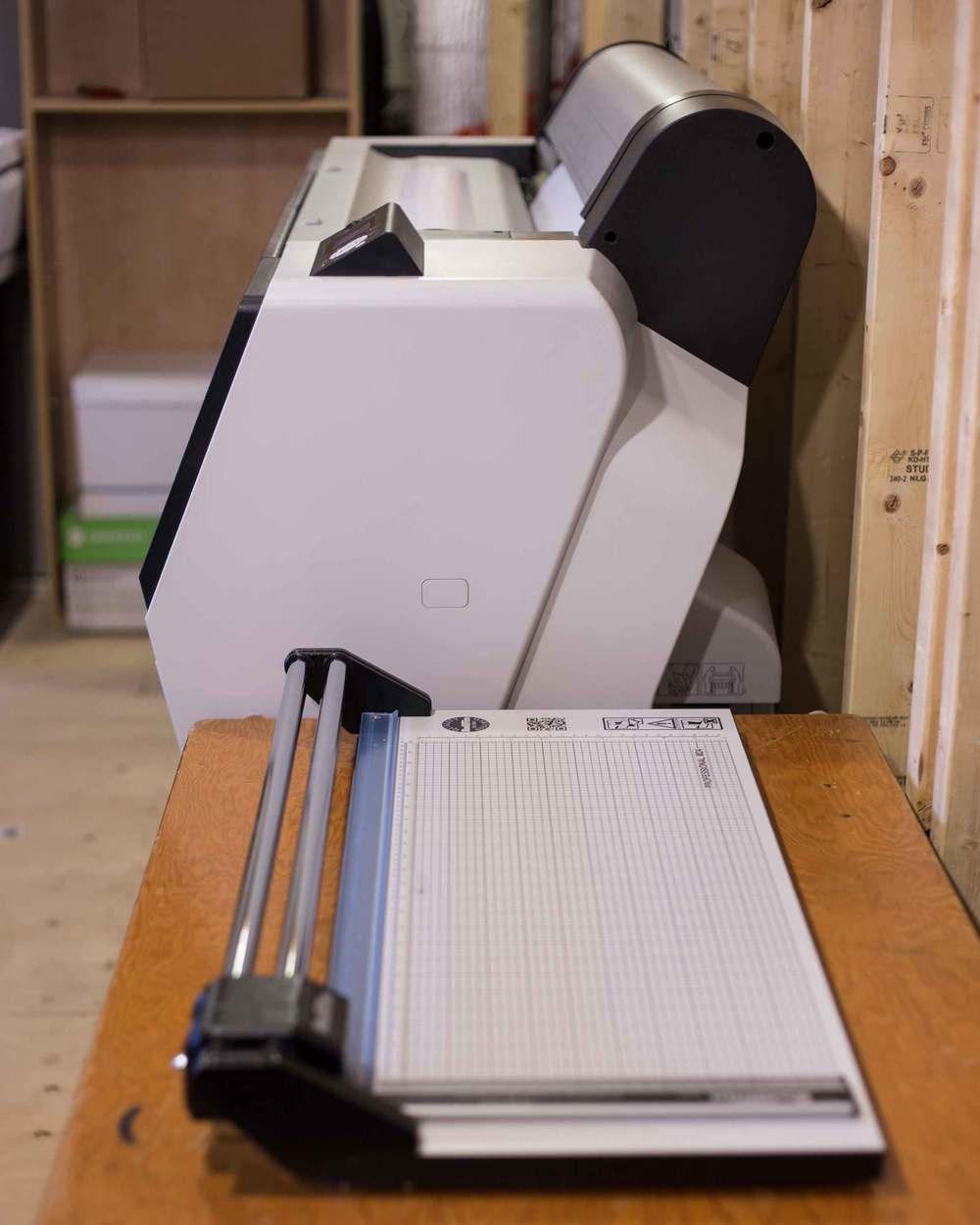 Printer-03-w.jpg