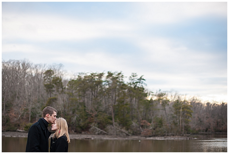 Williamsburg+Inn+and+Lake+Matoaka+Couple+Session+Photographer+%252823%2529.jpg