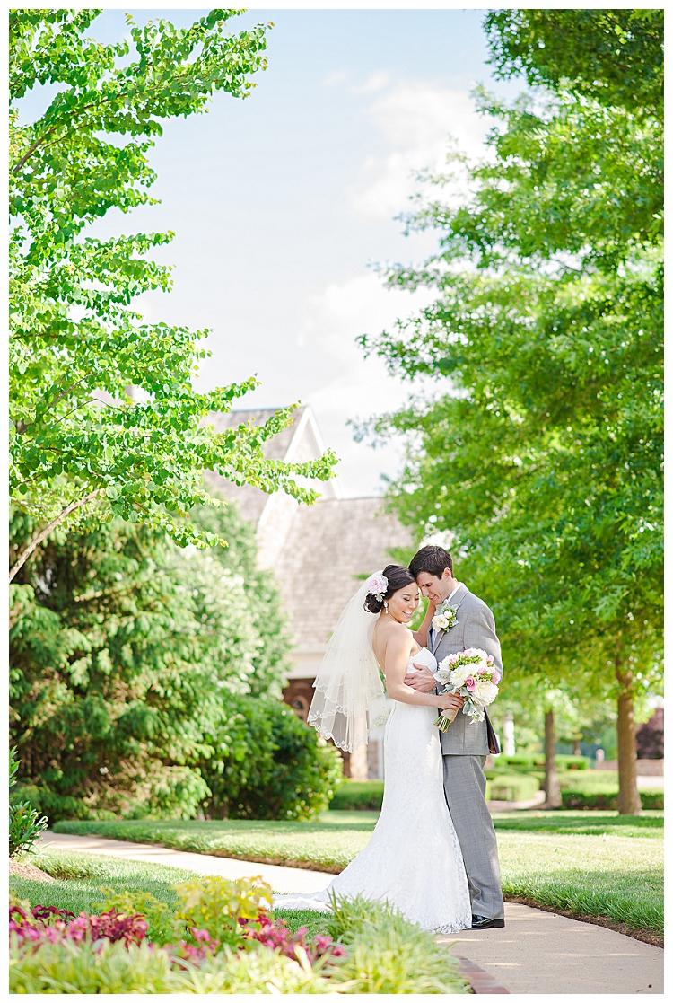 Pink+Piedmont+Country+Club+Wedding+Haymarket+Virginia+(25).jpg