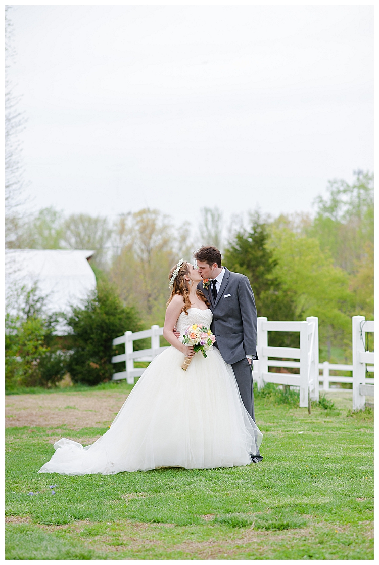 Amber+Grove+Richmond+Spring+Flowers+Wedding+Photographer+%252831%2529.jpg