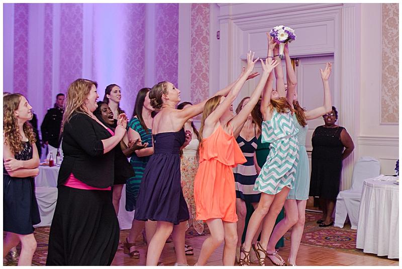 Virginia+Beach+Wedding+Photographer+Founders+Inn+Colonial+Military+Wedding+%252844%2529.jpg