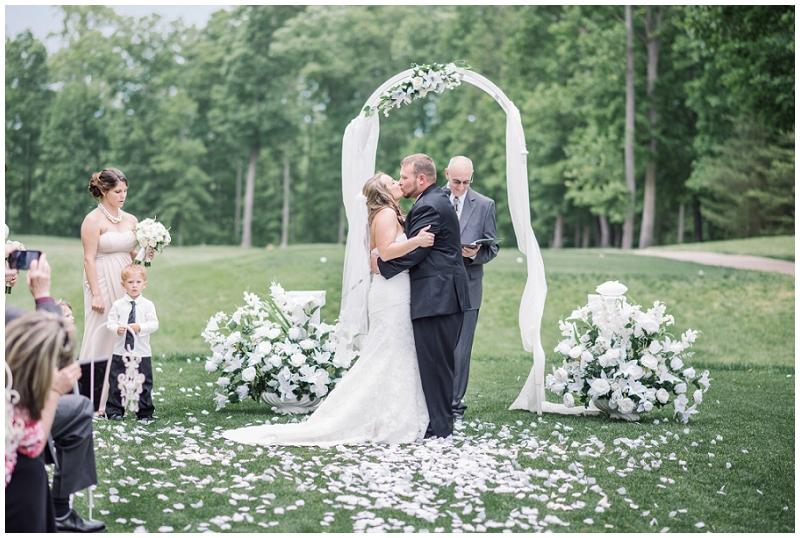 Gauntlet-Golf-Club-Fredericksburg-Va-Wedding-Gold-Ivory-Elegant (66).jpg