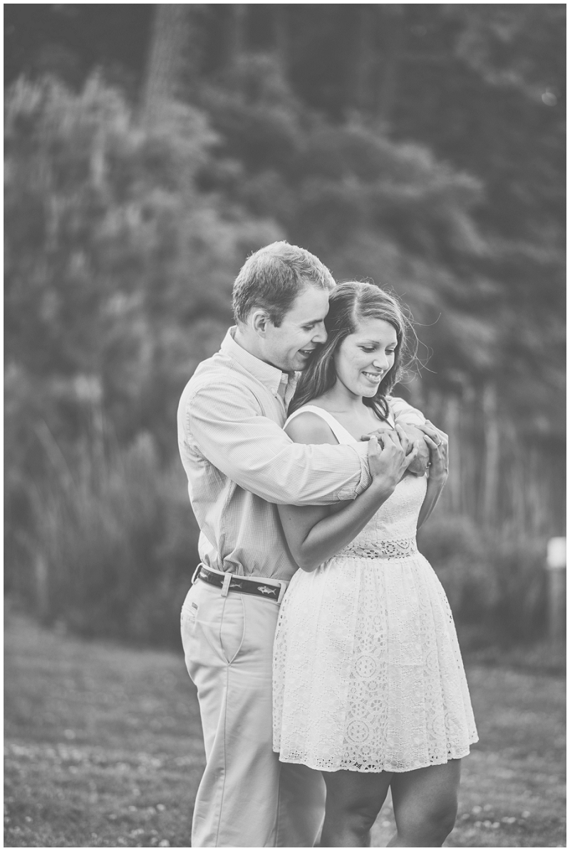 Eastern-Shore-Cape-Charles-Eyre-Hall-Engagement-Photos (17).jpg