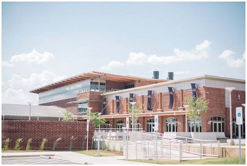 Martinsville Virginia Tradtional Wedding 1 - New College Institue Building on Baldwin (11).jpg