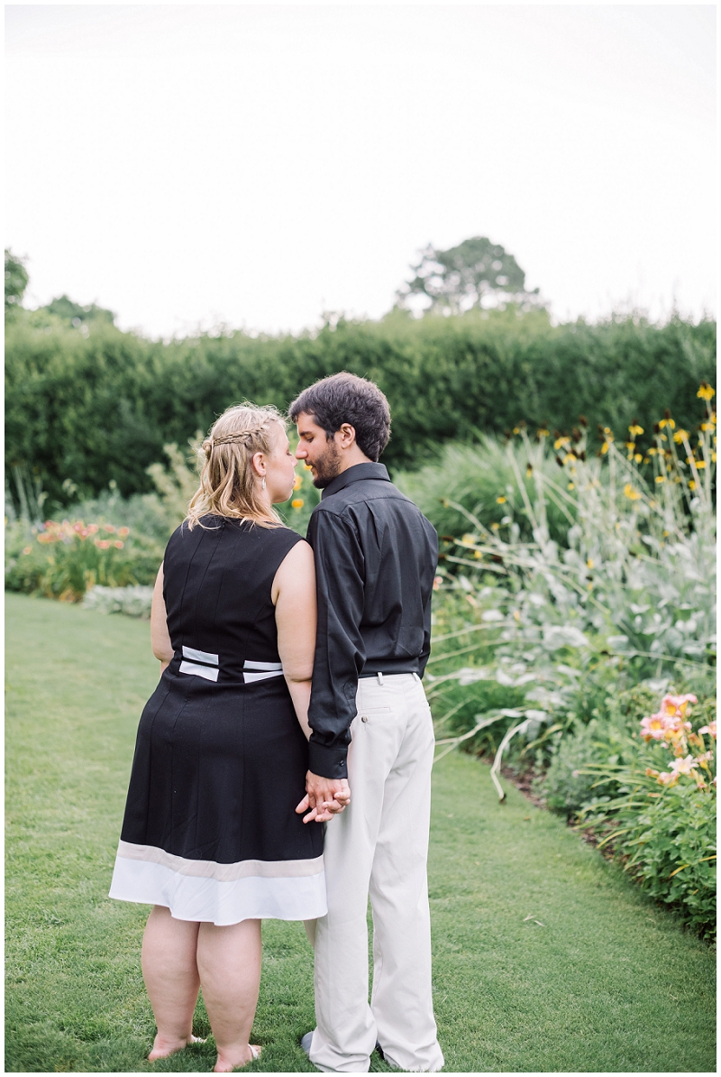 Norfolk Botanical Gardens Engagement Photo (20).jpg