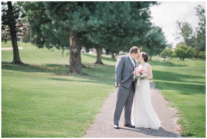 Roanoke Country Club Wedding (28).jpg