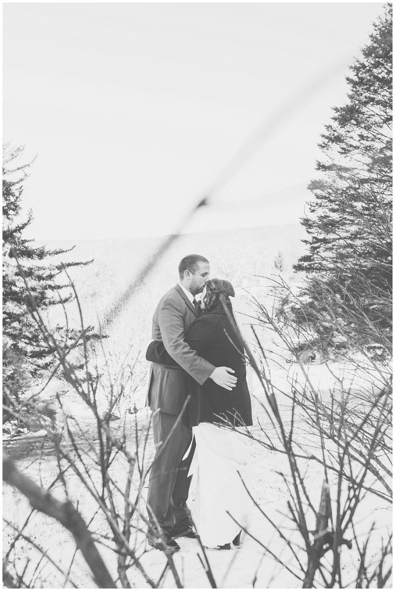 Snowy Christmas Winter Wedding Mountain Lake Lodge (22).jpg