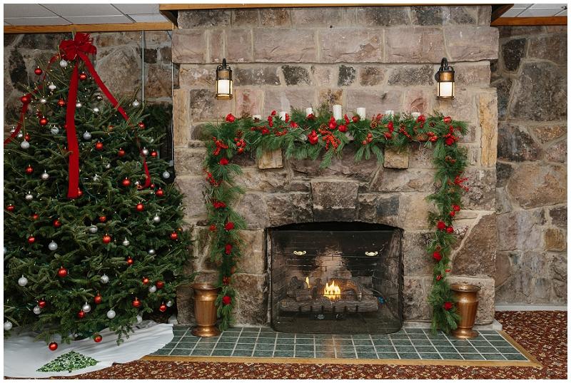 Snowy Christmas Winter Wedding Mountain Lake Lodge (36).jpg