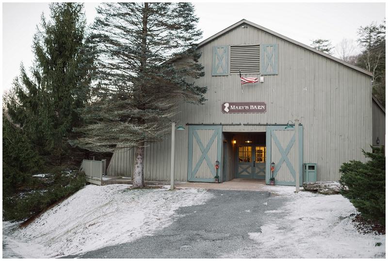 Snowy Christmas Winter Wedding Mountain Lake Lodge (49).jpg