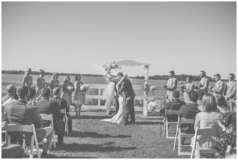 Planter's Club Suffolk VA Gold and Blush Wedding (32).jpg
