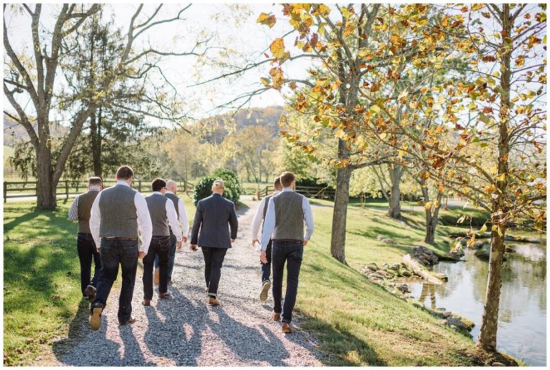 Fall Mountain Barn Wedding (14).jpg
