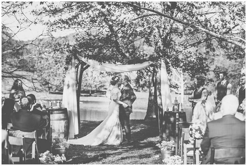 Fall Mountain Barn Wedding (22).jpg