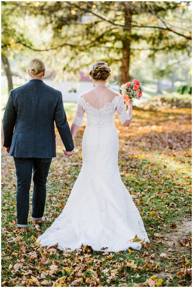 Fall Mountain Barn Wedding (23).jpg