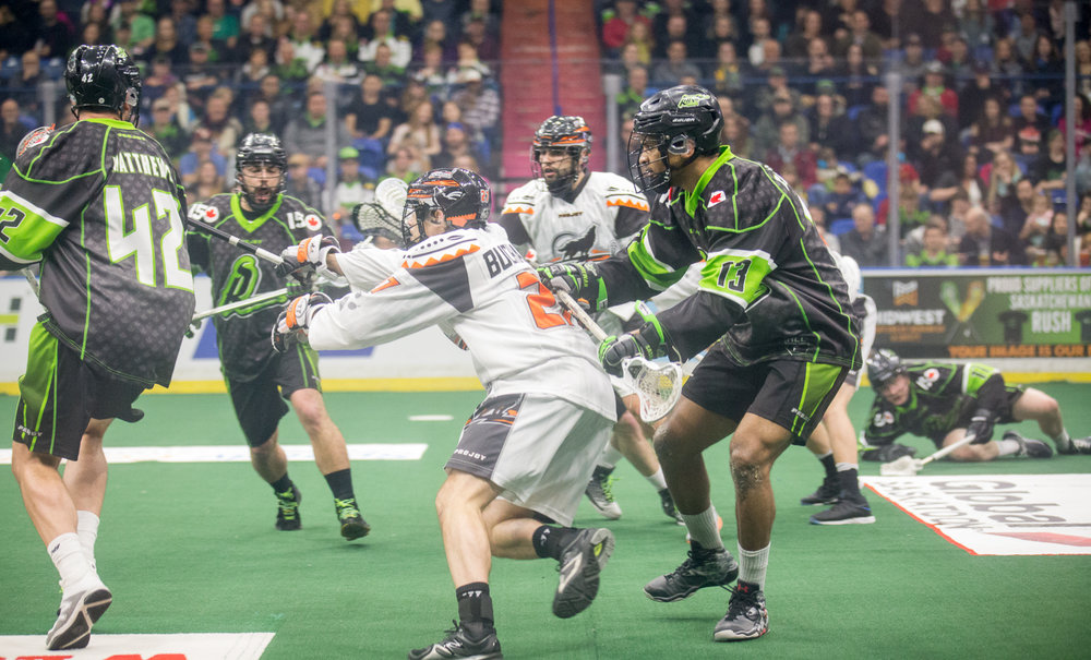 Following the ceremonial ball drop by an RCMP, the game was off to a fast start of hard hitting and quick scoring lacrosse action with Saskatchewan leading 4-2 at the end of the 1st quarter.