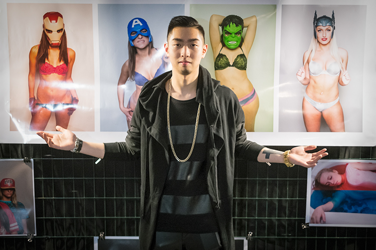 Yoni as a featured artist at RAW's Spectrum 2014 Show. (Photo taken by   Alexandre Brault  )