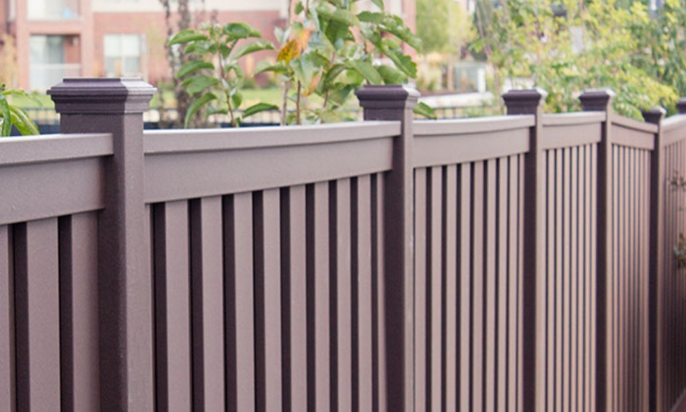 Outdoor Residential Fencing