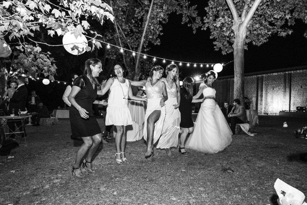 WEDDING-DANCING-CORSICA.jpg