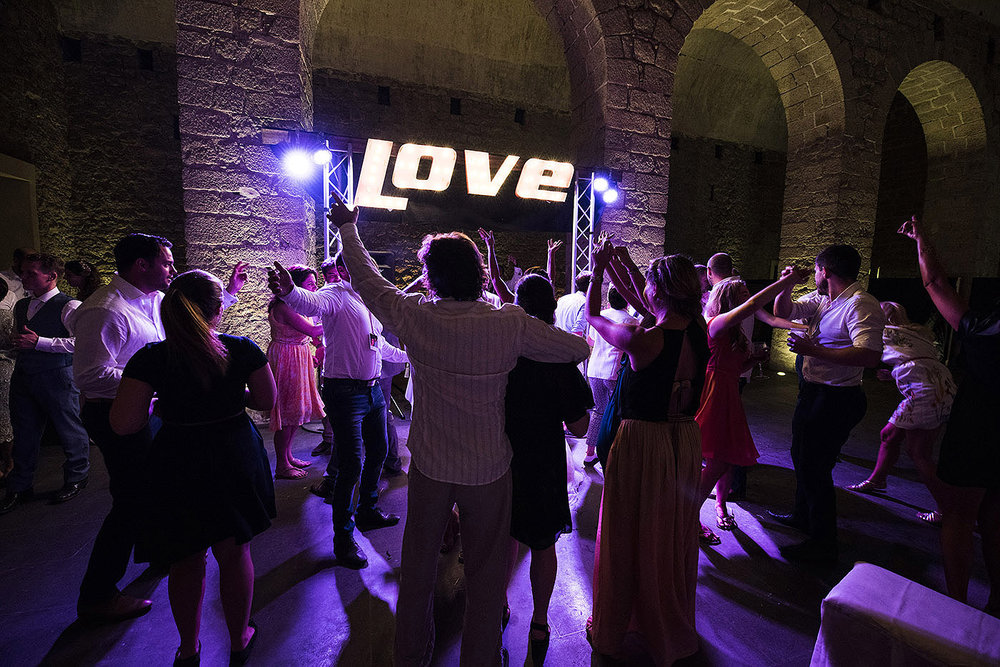 DANCEFLOOR-LOVE-SIGN_001.jpg