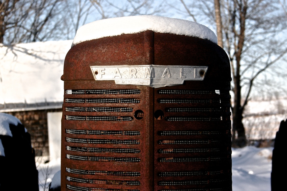 farmall-tractor-in-snow.jpg