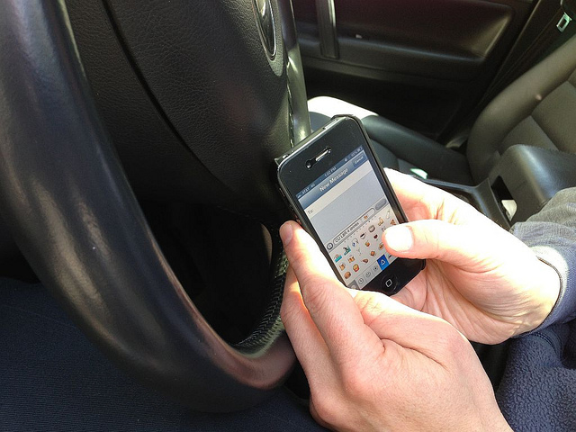 texting while driving accident