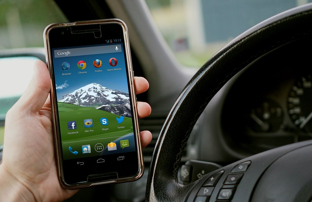 Detroit Distracted Driving Car Accident Attorney