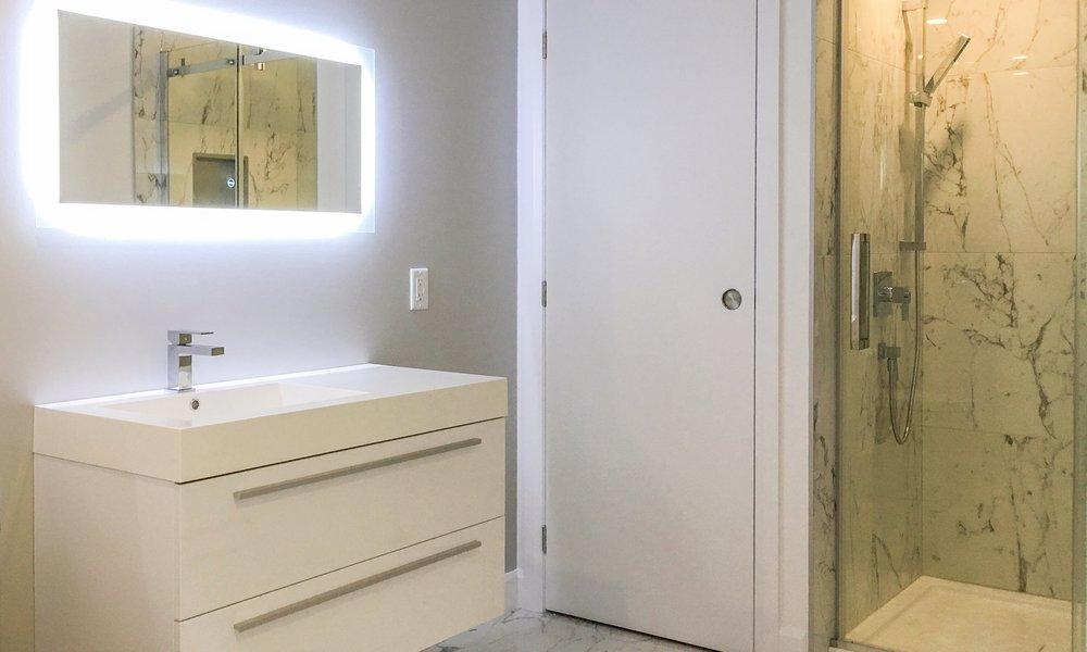 Salle de bain complétée2.jpg