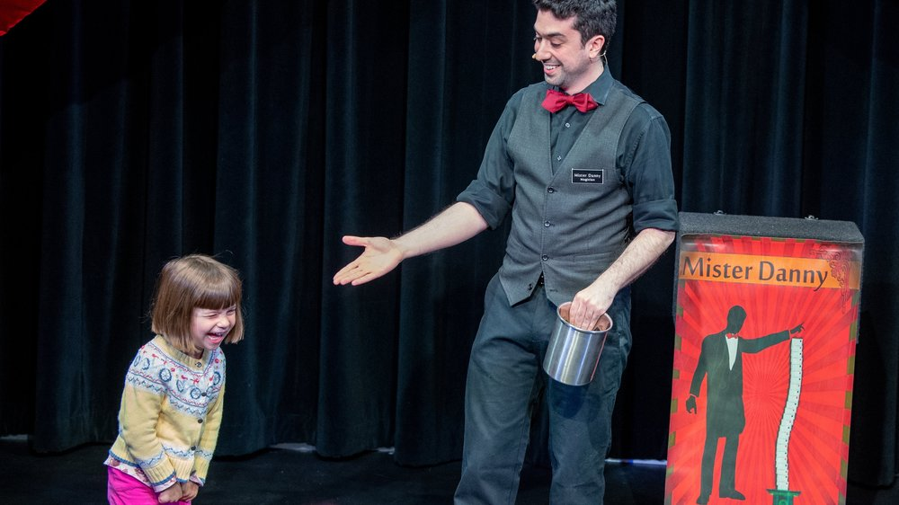 The Family Show - Magic, For the whole family