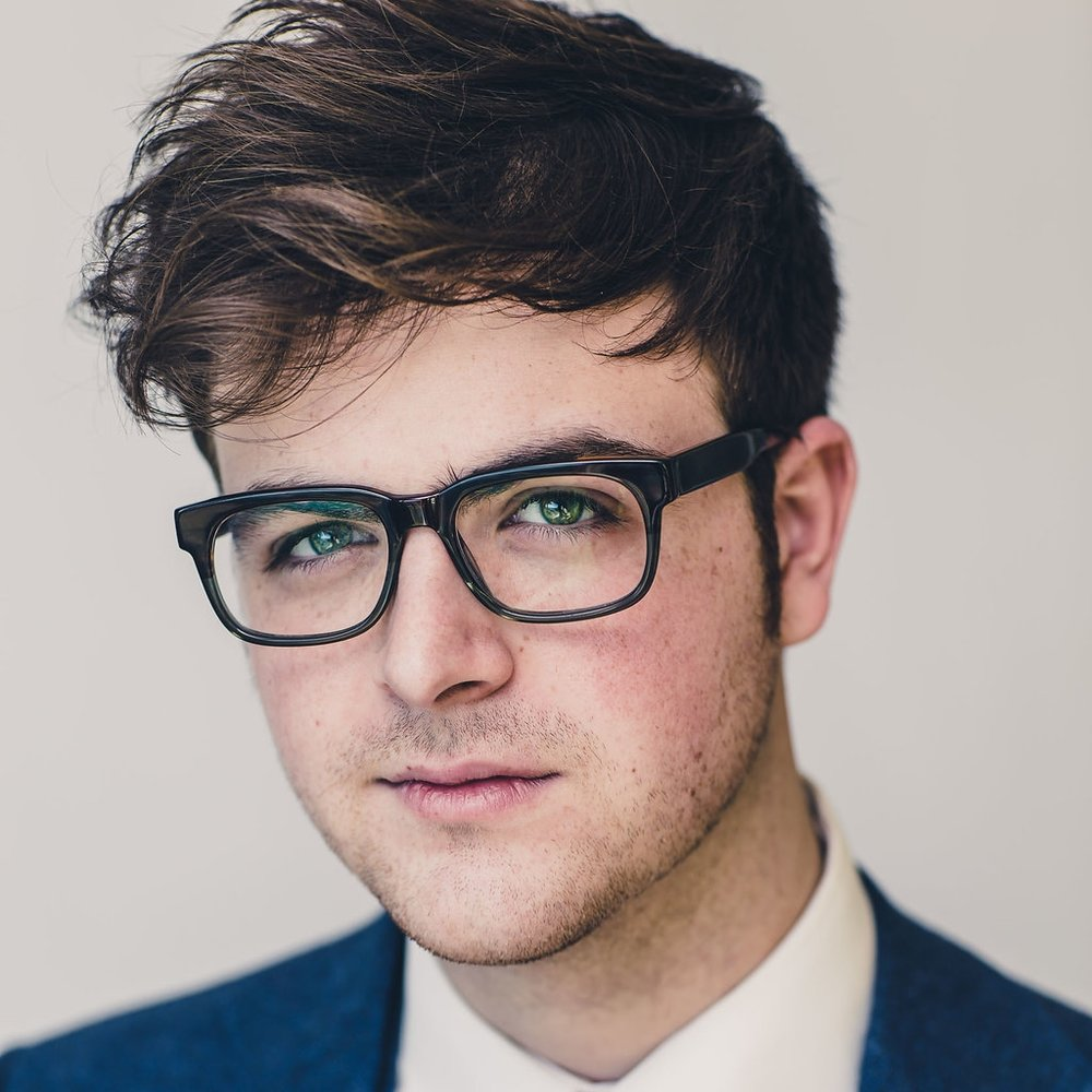 Ryan Plunkett - House Magician
