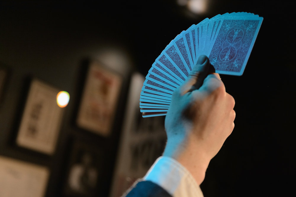Chicago Magic College - The Chicago MAgic Lounge is now offering MAgic Classes