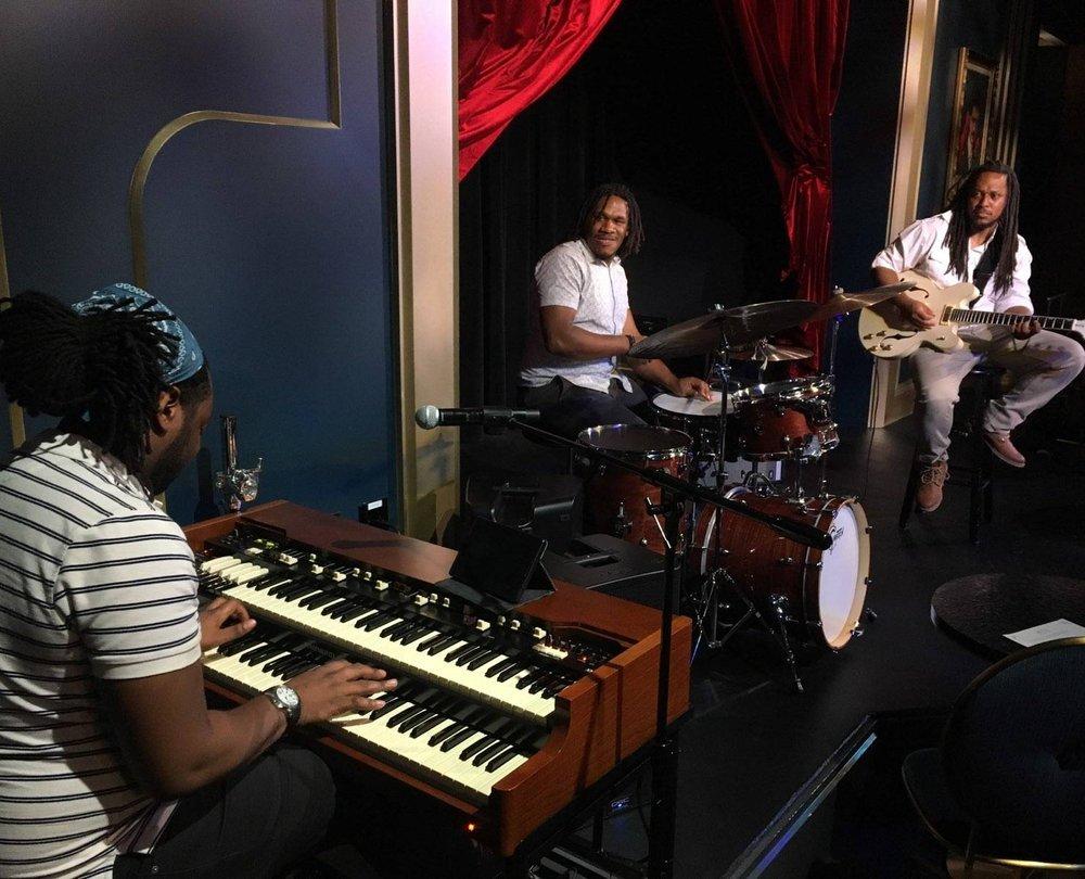 Justin Dillard Trio - Monday Night