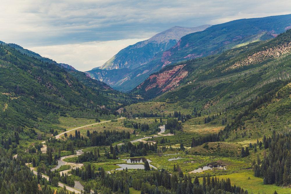Highway_133,_Carbondale,_Colorado_(28784913905).jpg