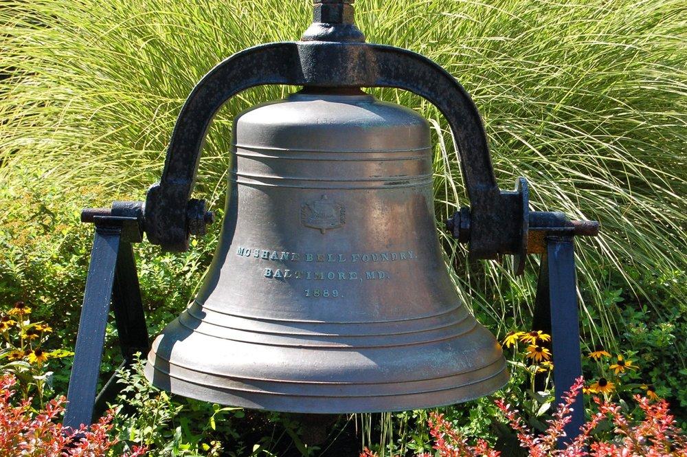 Aug 2012 Bell.jpg