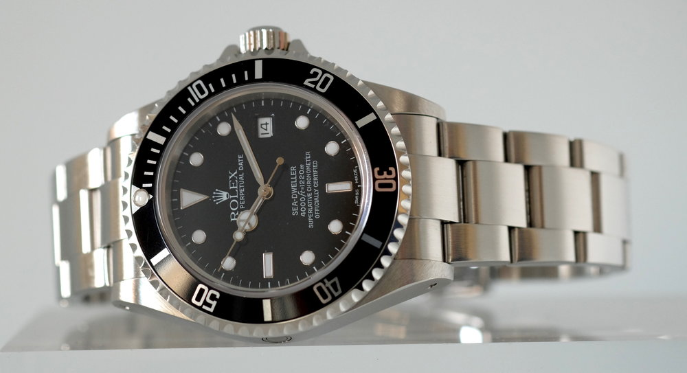 Rolex-Sea-dweller-16600
