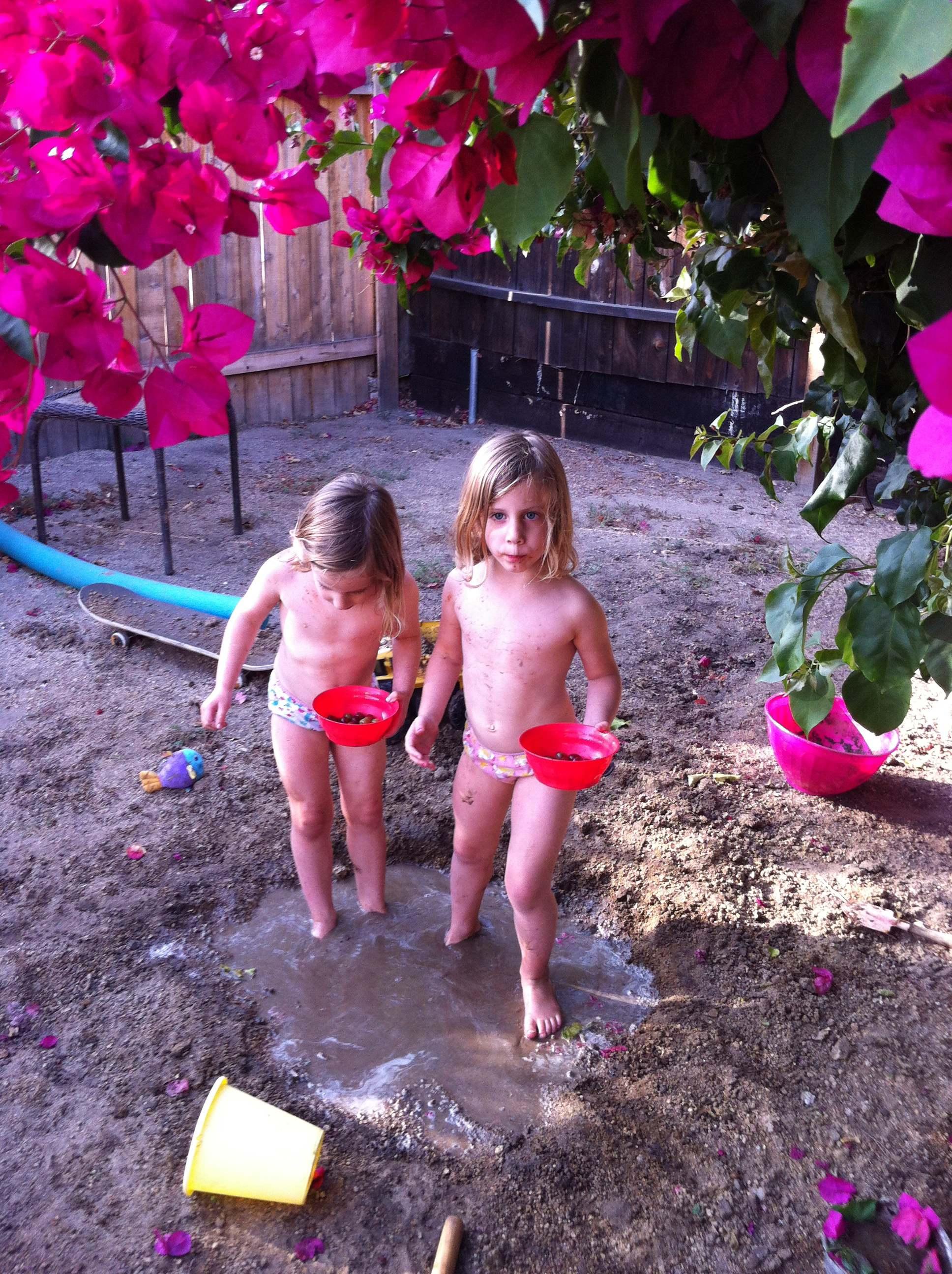 Muddy Twins