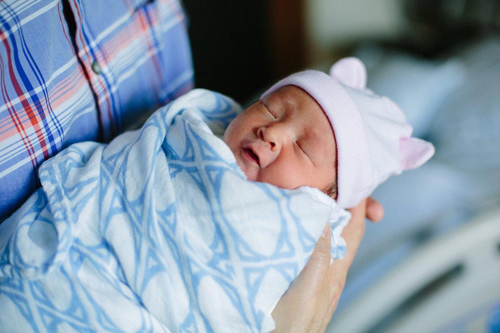 san francisco fresh48 newborn photographer (10 of 20).jpg