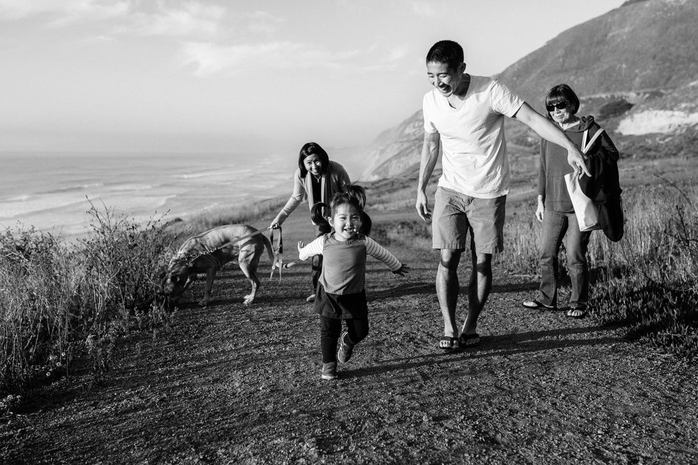 mussel beach family session (31 of 56).jpg