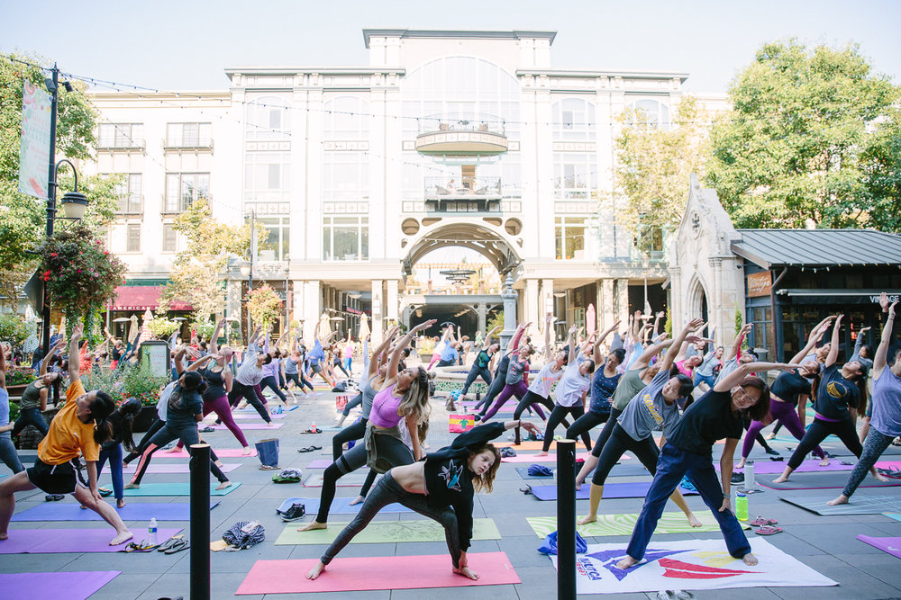 santana row yoga saturday