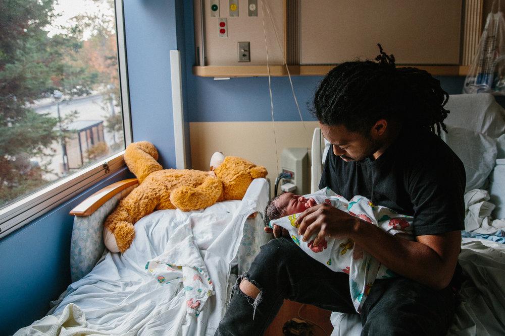 newborn photography father