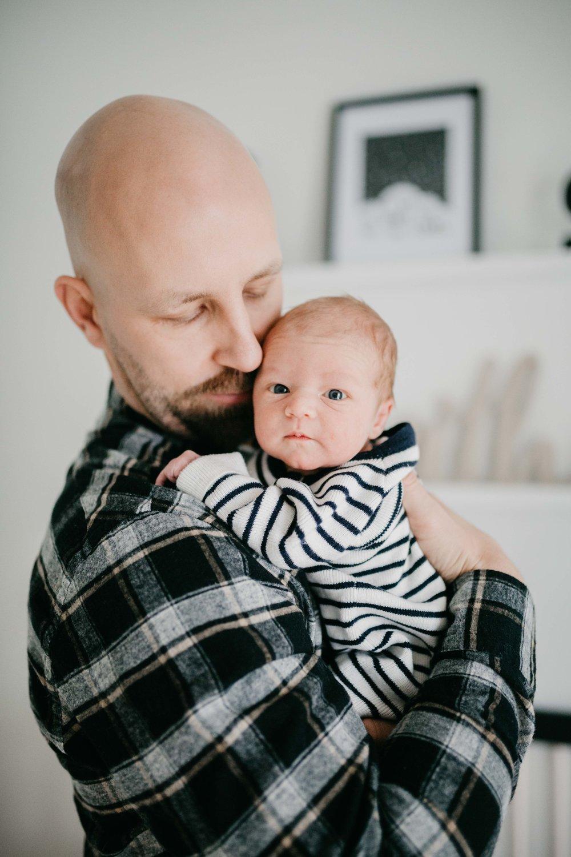 Toronto Newborn Family Photographer-14.jpg