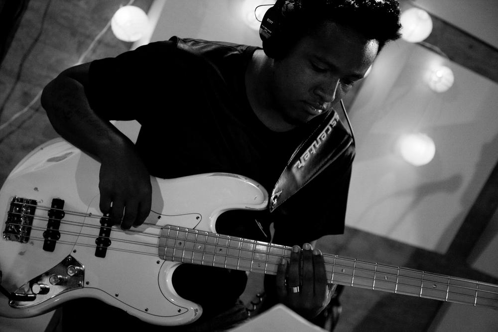 Bass_1_BW_08.jpg