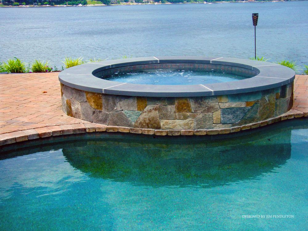 Pools Spas8.jpg