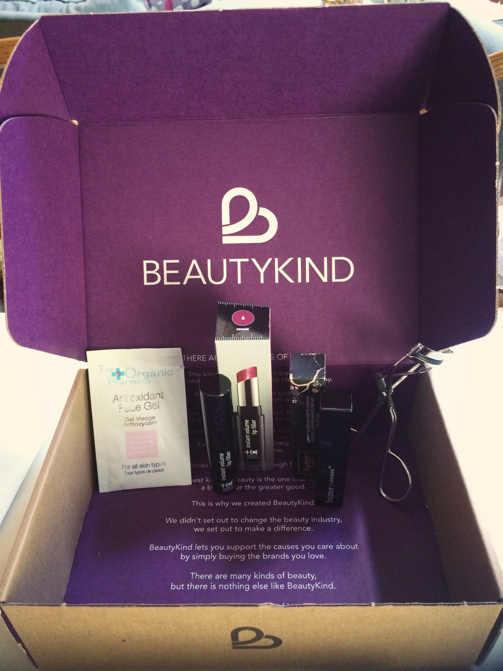 About Beauty Kind    BeautyKind  is a new kind of online retailer that allows you to buy the brands you love and discover new favorites, all while supporting the cause of your choice.   BeautyKind  features a collection of prestige beauty products including some of the best brands in makeup, skincare, fragrances, body care, hair and nail products.  Where it's different is that BeautyKind allows you to direct 5% of your product purchase price to the cause of your choice, whether it's a national charity or one in your local community. The choice is yours.    Stay Stylish & Beautiful Chicago,     Katie