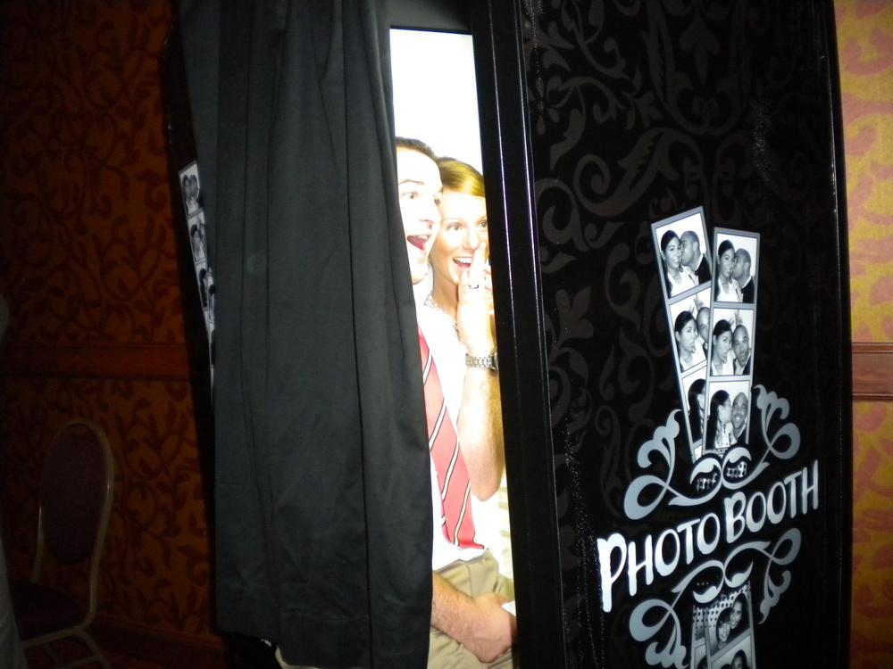 Alison wedding picture photobooth.JPG