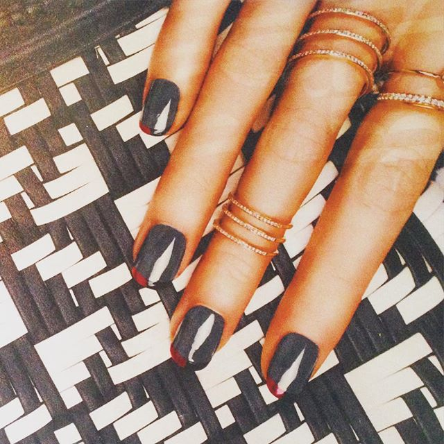 Another winner from the pages of @instylemagazine - a new take on the classic French mani! Oui oui!