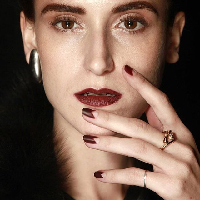 Buh-byeeee, Summer! We're ready for killer Fall manis like this! 🍂🍁🍃🍂🍁