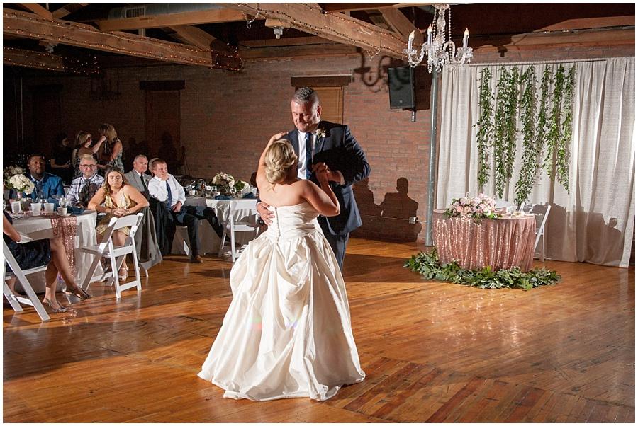 noblesville-mill-top-wedding-photographers_1114.jpg