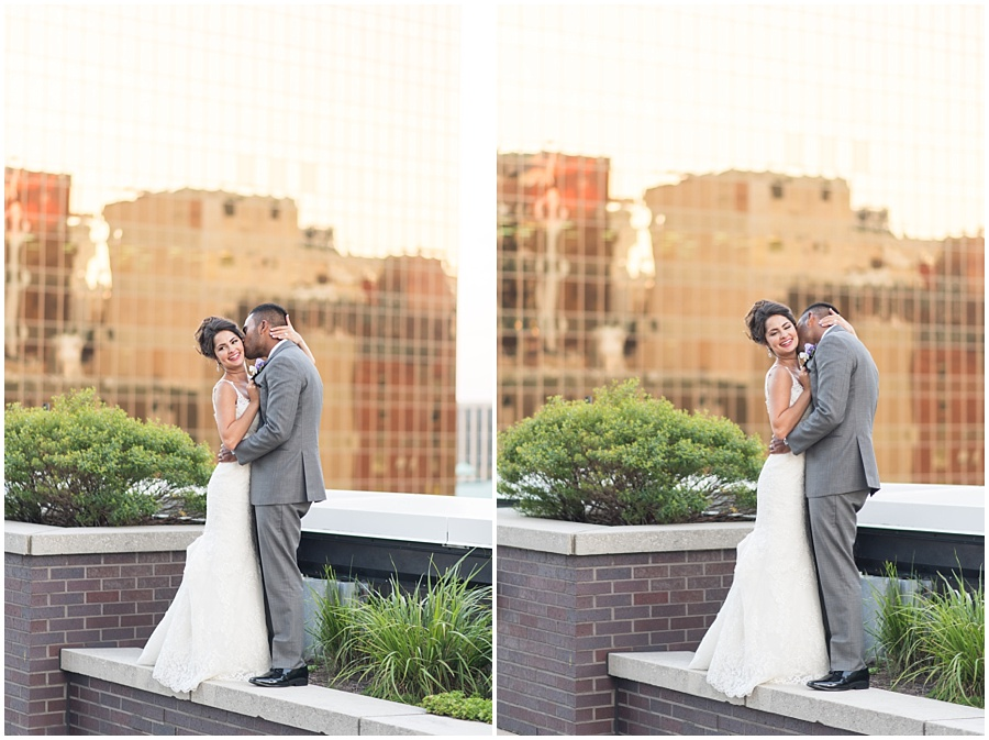 regions-tower-indianapolis-wedding-photographers_1458.jpg